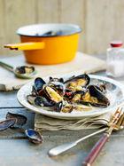 Coconut & lemongrass mussels