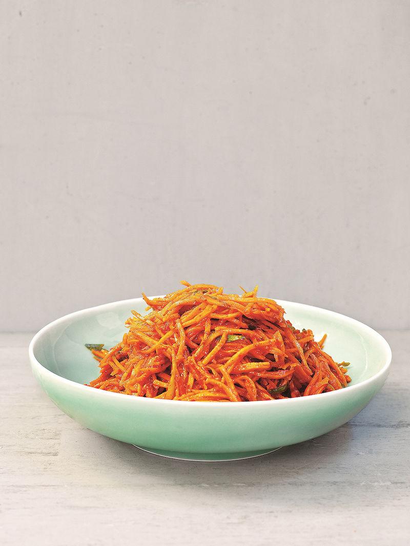 Carrot kimchi