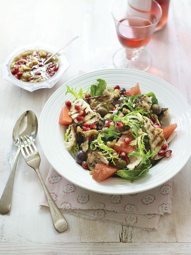Bread, watermelon & halloumi salad