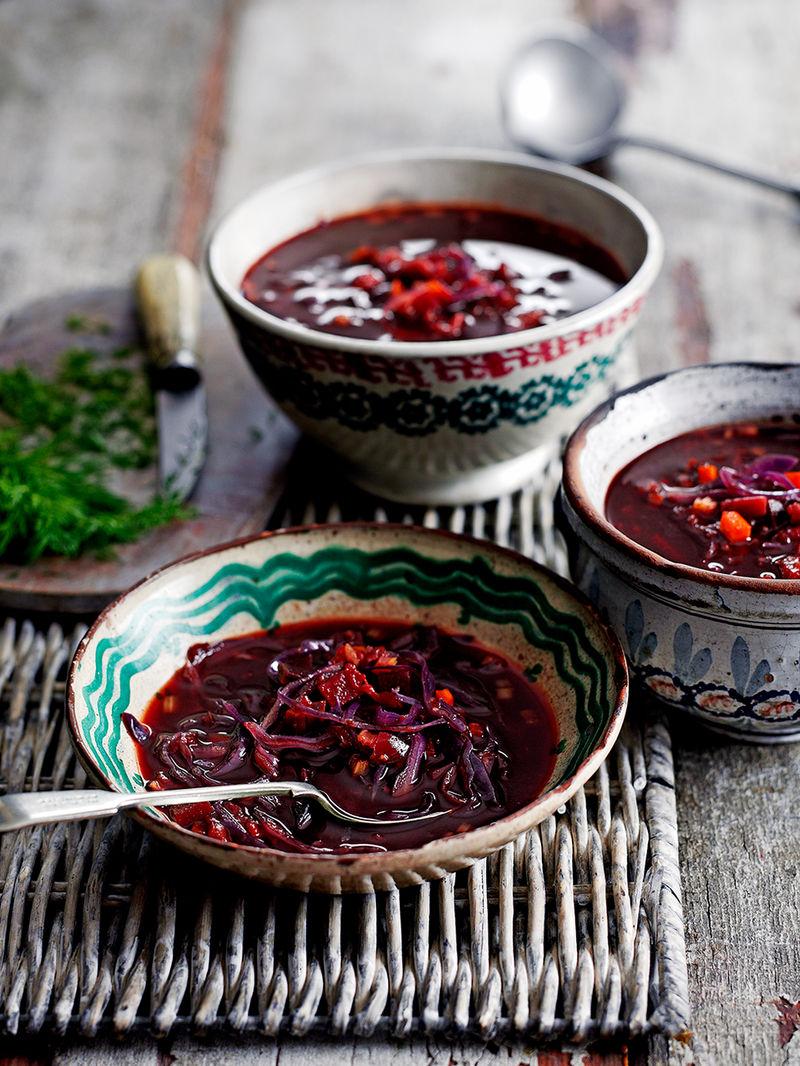 Beetroot & tomato borscht