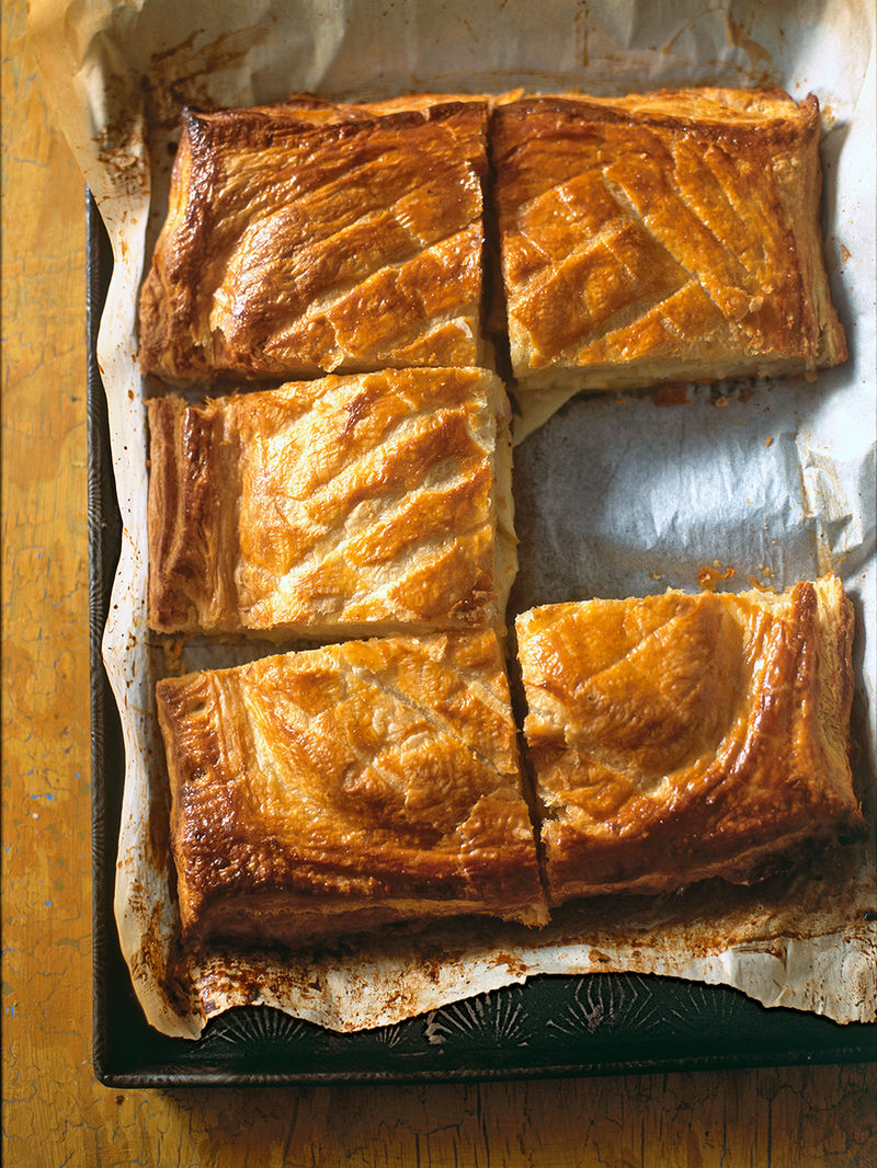 Apple & Lancashire cheese pie