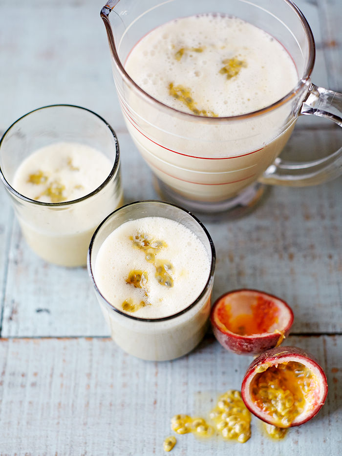 Almond, banana & passion fruit smoothie
