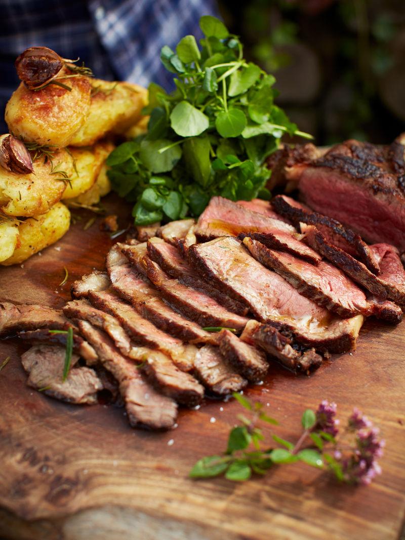 The ultimate steak & roasties