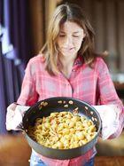 Jools' sweet pea & prawn pasta shells