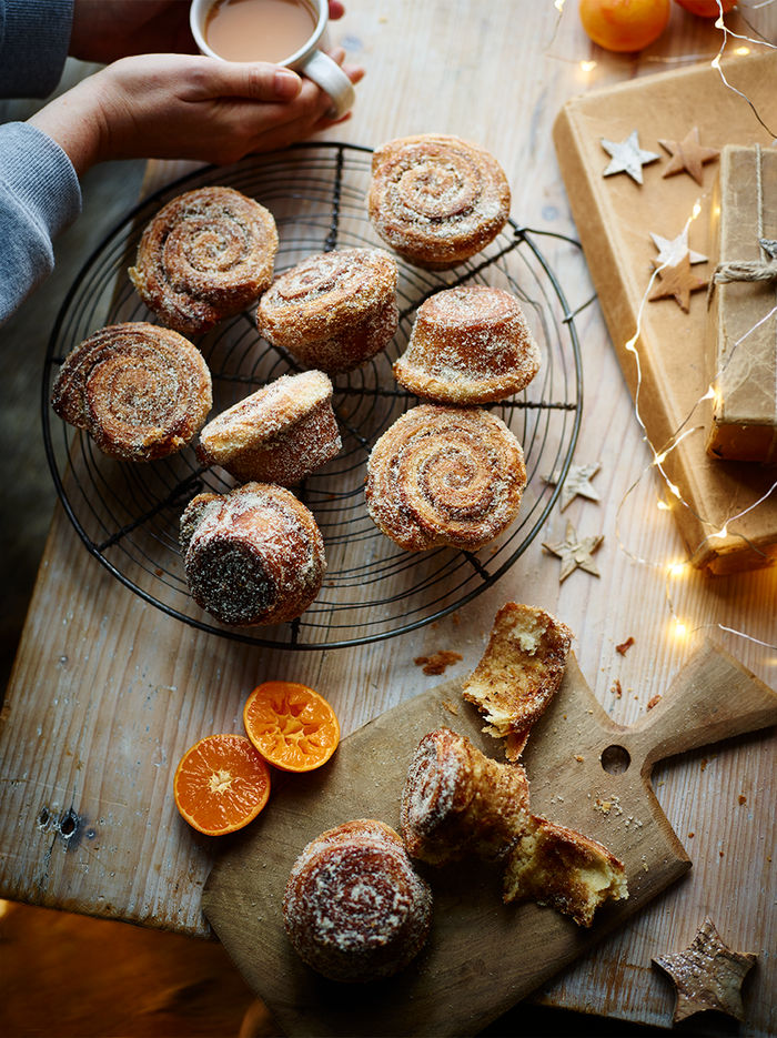 Cardamom clementine morning buns
