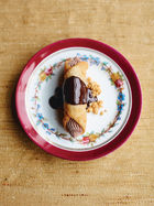 Chocolate cannoli
