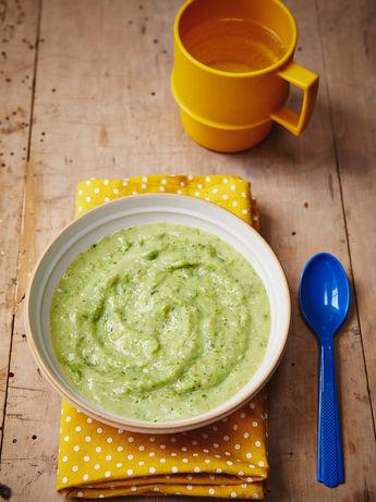 Helen's leek, potato & pea soup