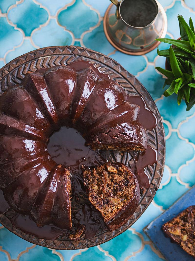 Spiced chocolate & dried fig Christmas cake