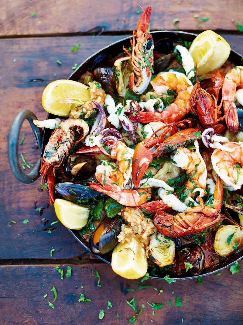 Martin Clunes' Mallorcan paella