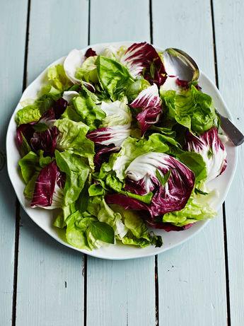 Simple green salad with lemon dressing