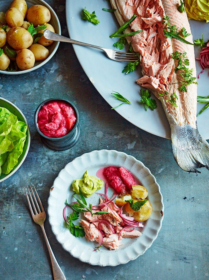 Salmon with rhubarb sauce & tarragon mayo