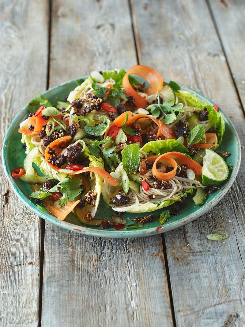 Spiced crispy beef salad with noodles & crunchy veg