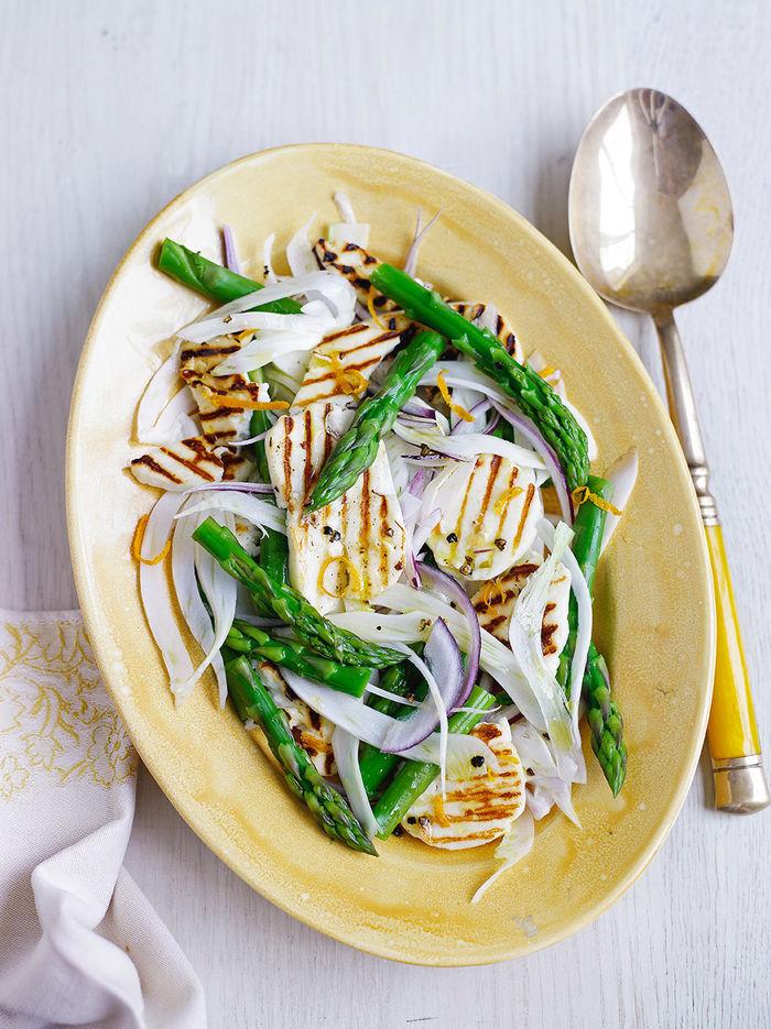 Asparagus & halloumi salad