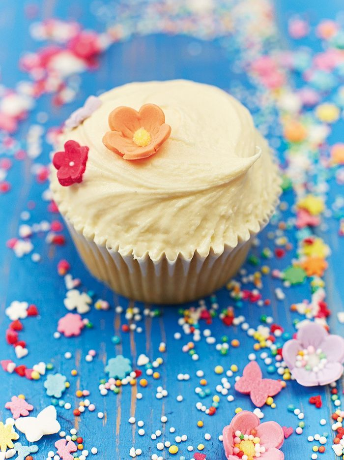 Jemma's vegan vanilla fudge cupcakes