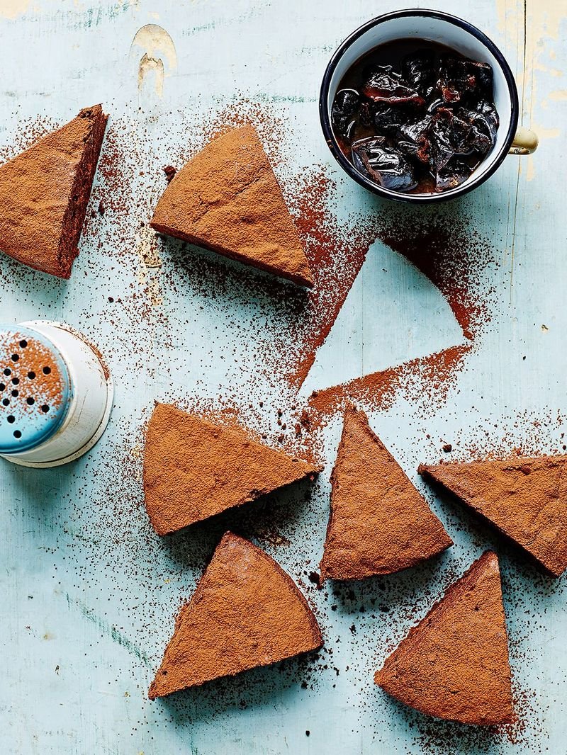 Prune & Armagnac cake
