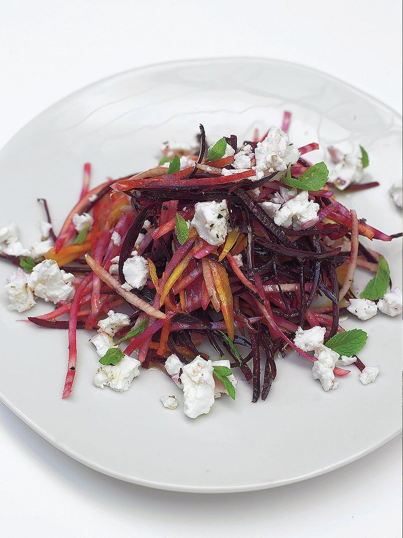 Crunchy raw beetroot salad with feta & pear