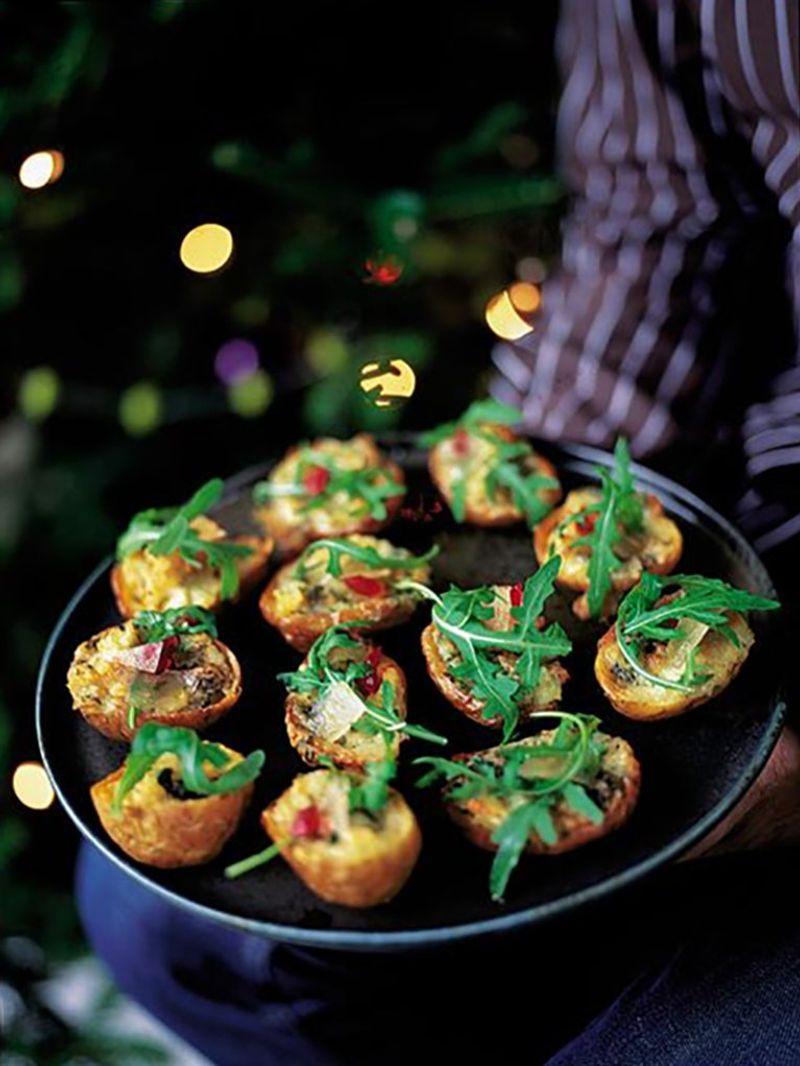 Baked potato skins with gorgonzola, rocket & mustard fruit