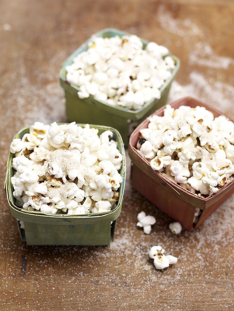 Spiced sugar & Christmas popcorn