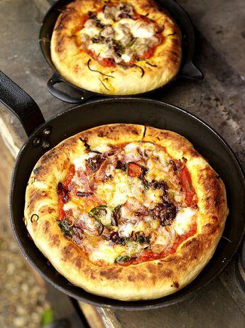 Deep-pan pizza