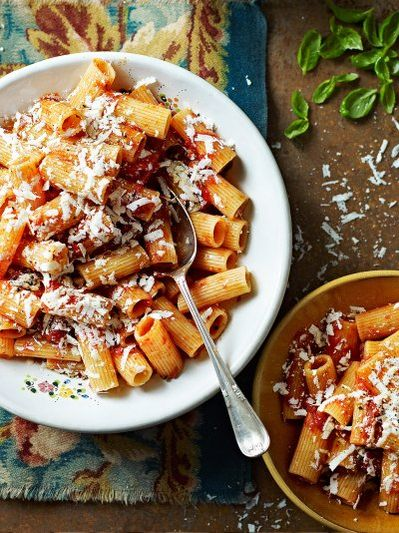 Roasted tomato rigatoni