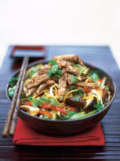 Oriental pork with noodles