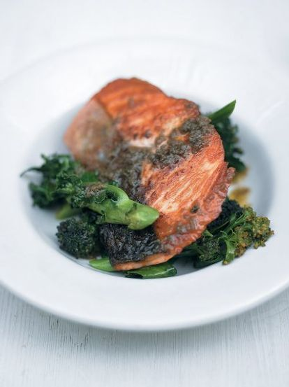 Pan-roasted salmon with purple sprouting broccoli and anchovy-rosemary sauce
