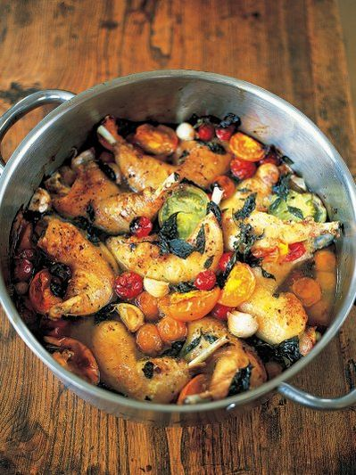 Tender and crisp chicken legs with sweet tomatoes
