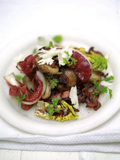 Warm salad of crispy smoked bacon & Jerusalem artichokes