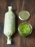 Super-quick batch pesto