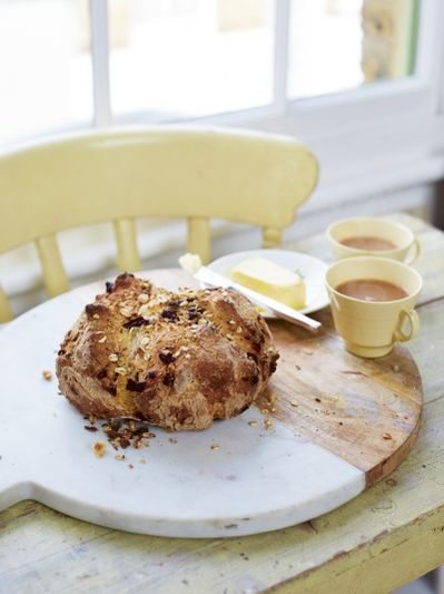 Chocolate-chip soda bread