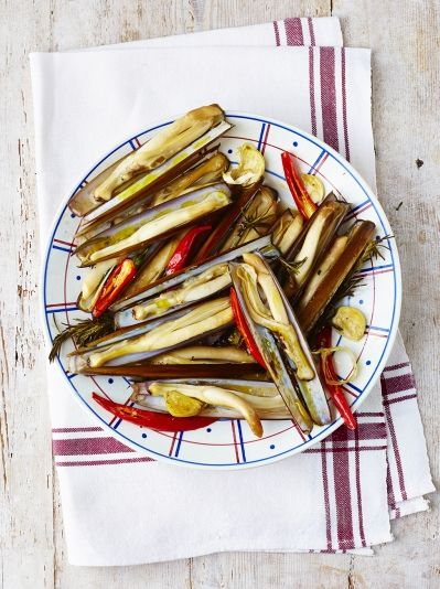 Roasted razor clams