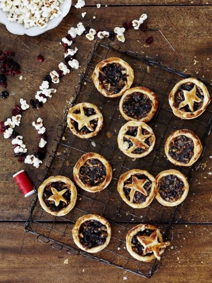 Starry mince pies