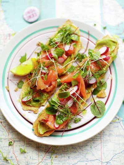 Smoked Salmon Toasts | 19 New Year's Eve Party Recipes for a Fabulous Beginning