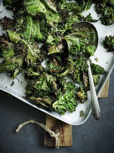 Sesame-Roasted Kale | Homemade Healthy Snack Ideas | Homemade Recipes