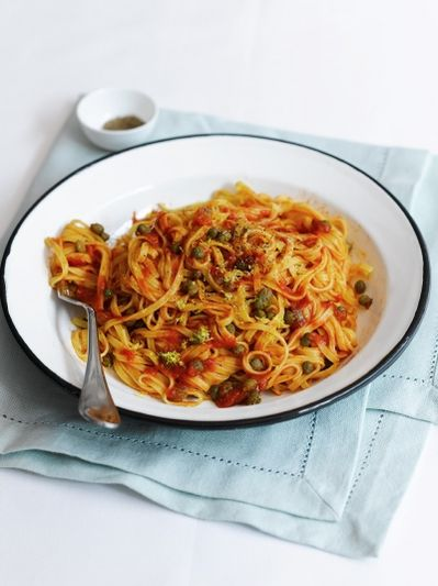 Tomato & caper linguine