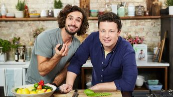 Jamie cooks his Mexican breakfast for Joe Wicks (AKA The Body Coach)