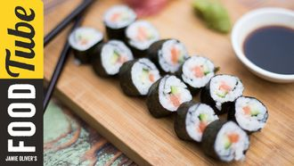 Simple salmon sushi: The Food Busker