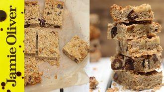 Healthy breakfast bars: Susan Jane White