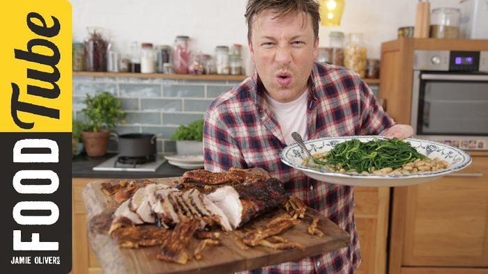 Jamie Oliver's Oozy Beans to go with the Perfect Pork