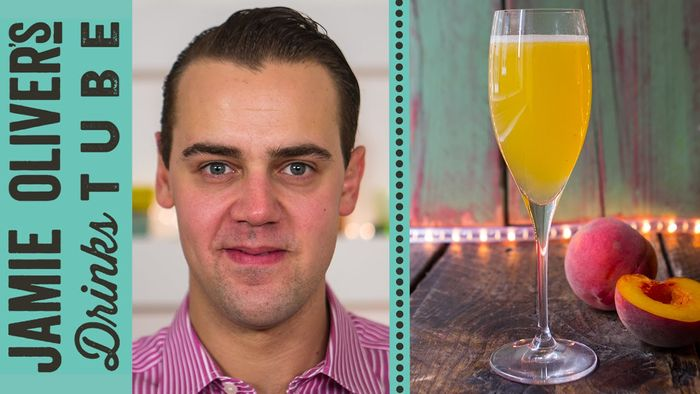 Classic peach bellini cocktail: Simone Caporale