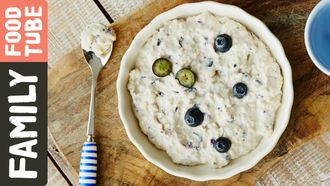 Blueberry & chickpea puree: Michela Chiappa