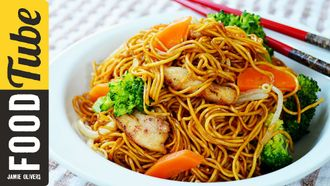 Stir fry chicken noodles: The Dumpling Sisters