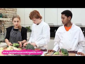 How to prepare broccoli and cauliflower: Jamie's Food Team