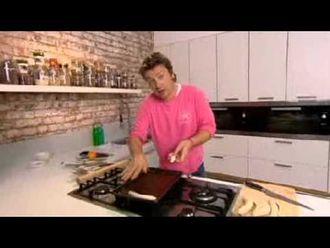 Banana tarte tatin: Jamie Oliver