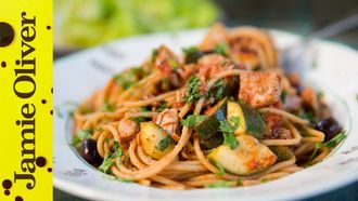 Healthy pasta with tuna & veg: Bart van Olphen