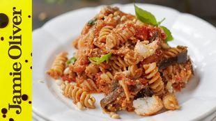 Aubergine, tomato and ricotta pasta