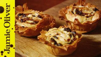 Perfect mince pies: Jamie Oliver