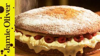 Super simple sponge cake: 极电竞app Oliver