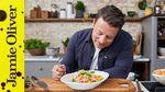 3 minute tomato pasta sauce: Jamie Oliver & Davina McCall