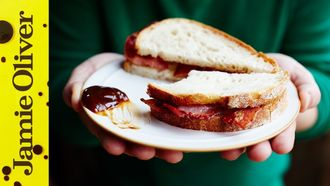 Jamie's ultimate bacon sandwich: Jamie Oliver & Pete Begg